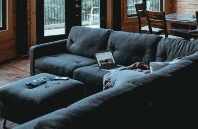Aprovecha bien tu salón con un sofá cama chaise longue